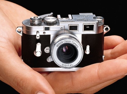 Leice M3 From Minox
