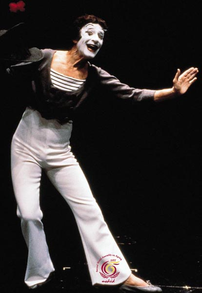 Marcel Marceau: Mime for the Ages - The Master from whom Michael Jackson learned to moonwalk.
